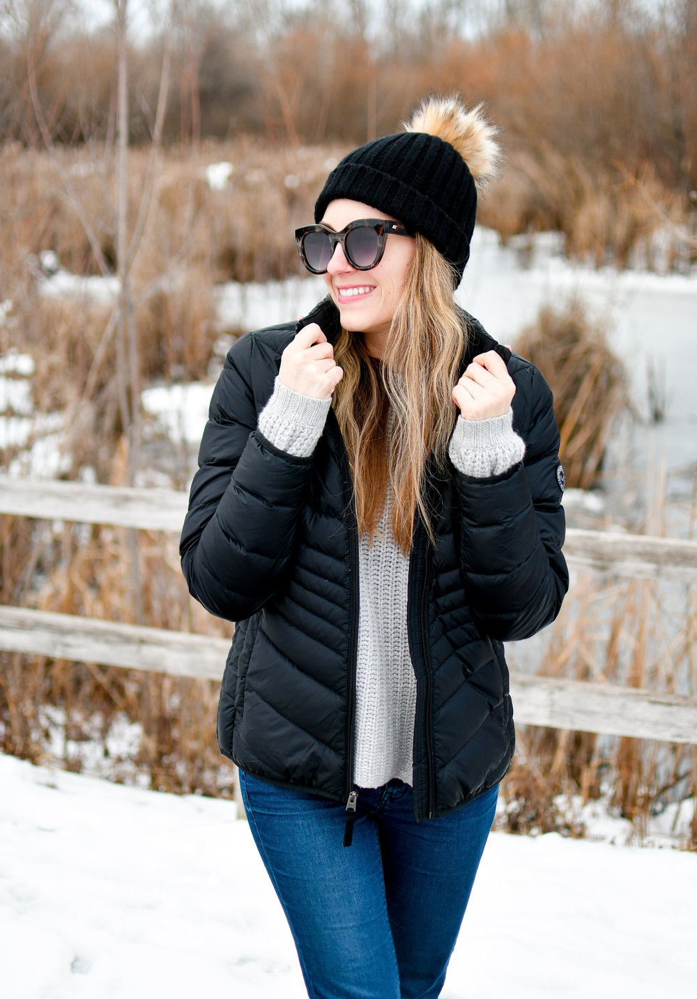Abercrombie and Fitch packable puffer coat outfit with cashmere sweater and beanie — Cotton Cashmere Cat Hair
