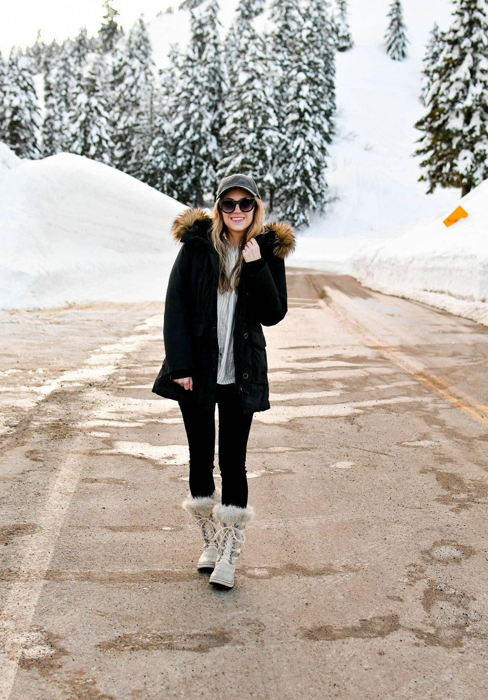 Casual and cozy winter outfit — Cotton Cashmere Cat Hair