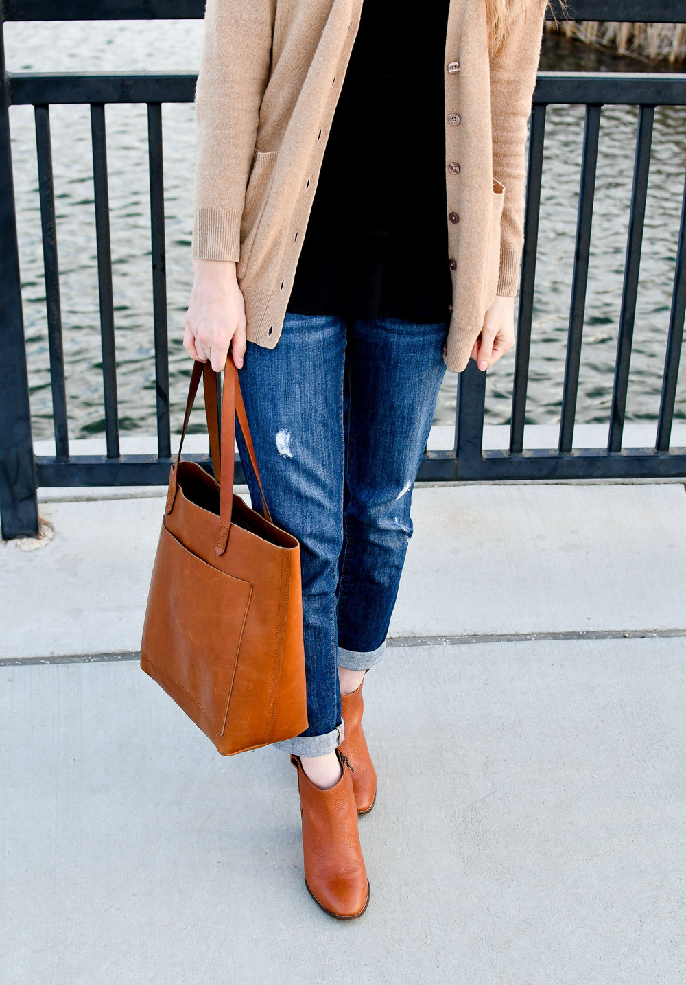 Distressed boyfriend jeans outfit with ankle boots and Madewell Transport tote — Cotton Cashmere Cat Hair