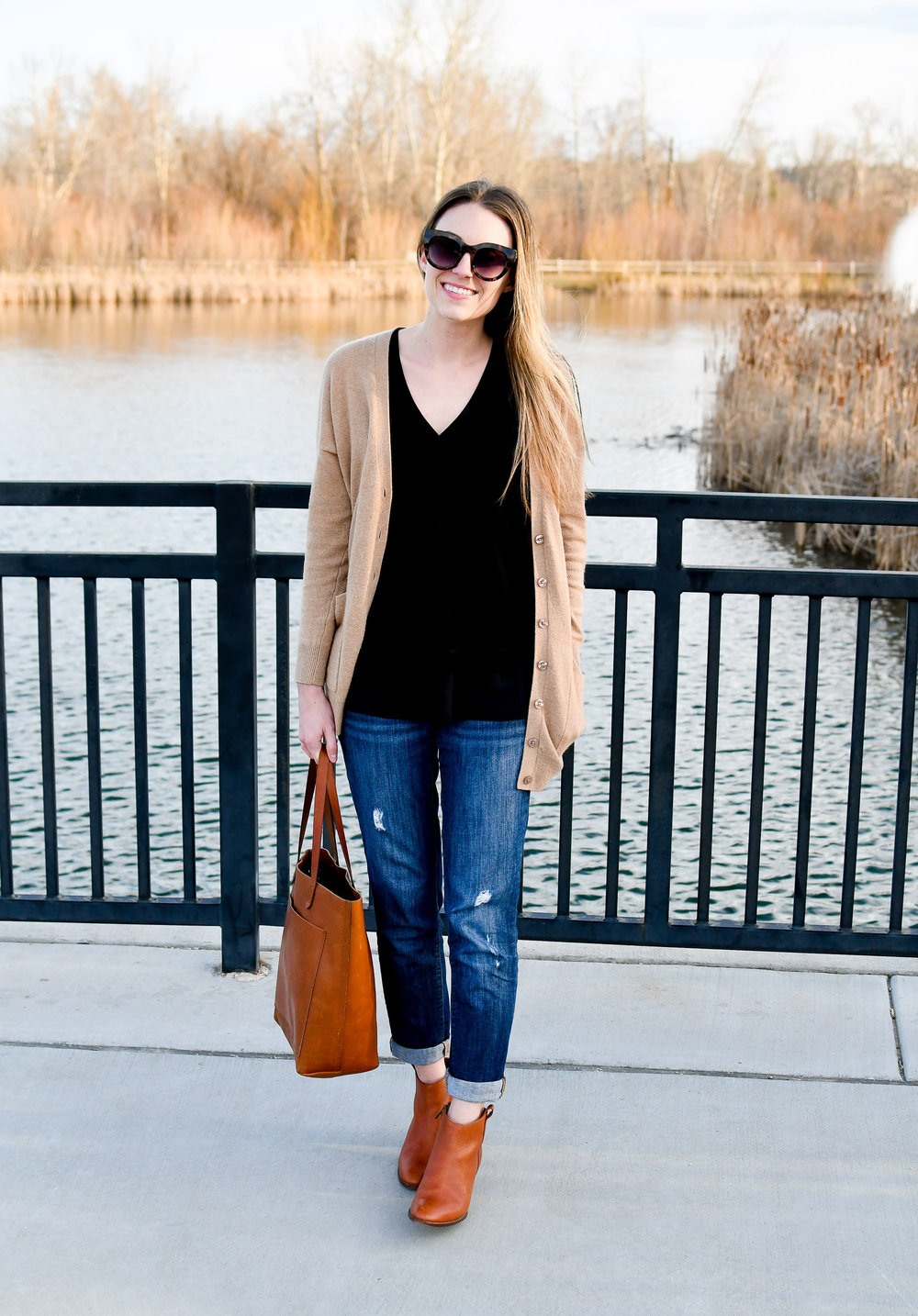 Casual work outfit with tan cardigan, boyfriend jeans, Transport tote — Cotton Cashmere Cat Hair