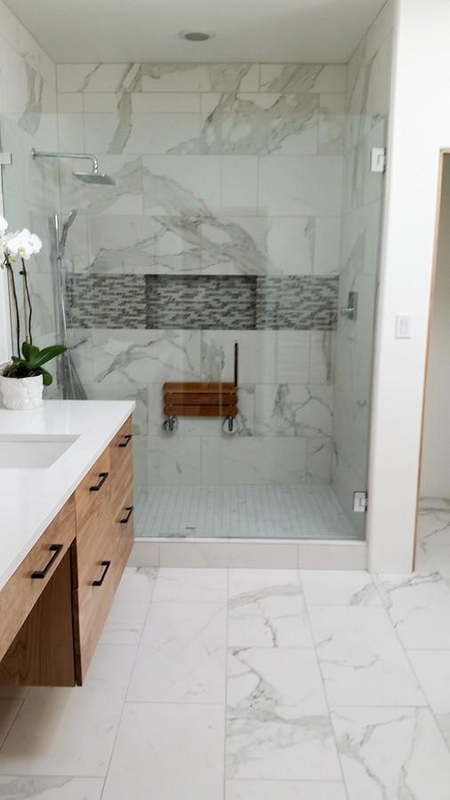 master bath_1500_900_2000k.jpg