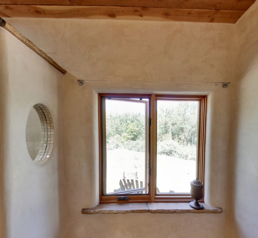 master bath window_1500_900_2000k.jpg