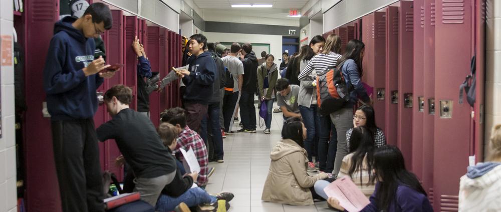juniors_in_hallway.JPG