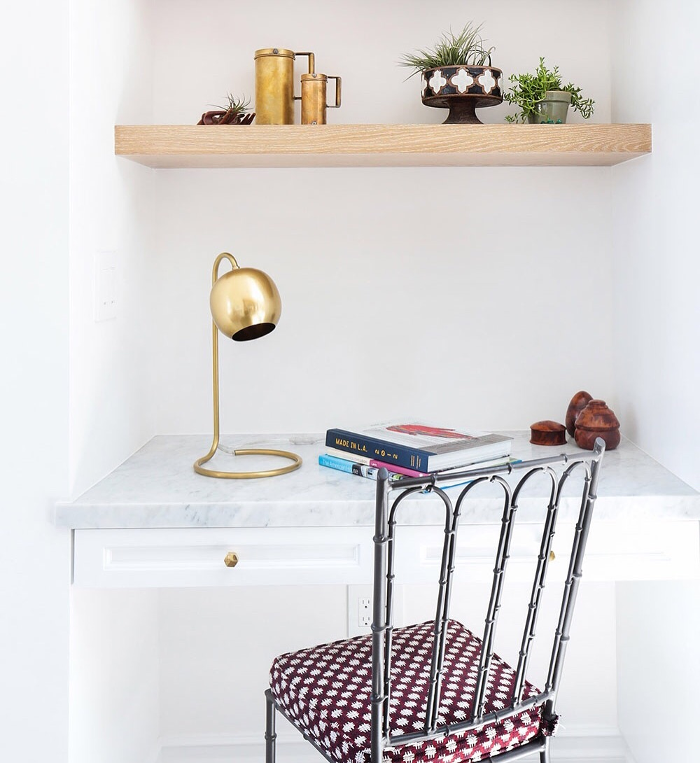 GROWN-UP STUDY NOOKS(for When a Home Office Isn't an Option) - by Samantha van EgmondGet serious about study, no matter what size your home, with these cosy yet workable desk ideas.Whether your home is on the small side or you're not willing to give up an entire room for the sake of an office, there's no need to turn the dining table into a work desk. These clever ideas will help you to see that overlooked corner in your living room with fresh eyes, and create the perfect nook for hitting the books.full story