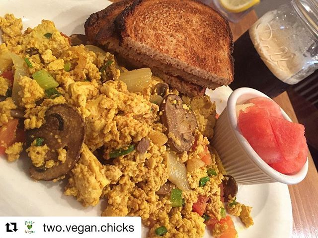 #Repost @two.vegan.chicks ・・・ Who doesn't love a delicious breakfast?! @toastasbury tofu scramble hits the spot & has so much flavor you may forget you're not eating eggs. 🍳☕️🌱. . . . . #twoveganchicks #twoveganchicksap #horngryvegan #portapizzaasbury #asburyparkeats #veganeats #whatveganseat #veganfoodie #veganfoodshare #friendsnotfood #veganfoodporn #veganrecipes #veganism #asburypark #jersey #eeeeats #forkyeah #feedfeed #buzzfeast #huffposttaste #f52gram #foodie #infatuation #beautifulcuisines #buzzfeedeats #njeats #jersey #nyceats #delicious  #veganlife  @asburyparkeats