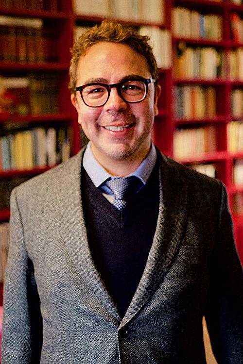 Dr. Alexander Castilla.jpg
