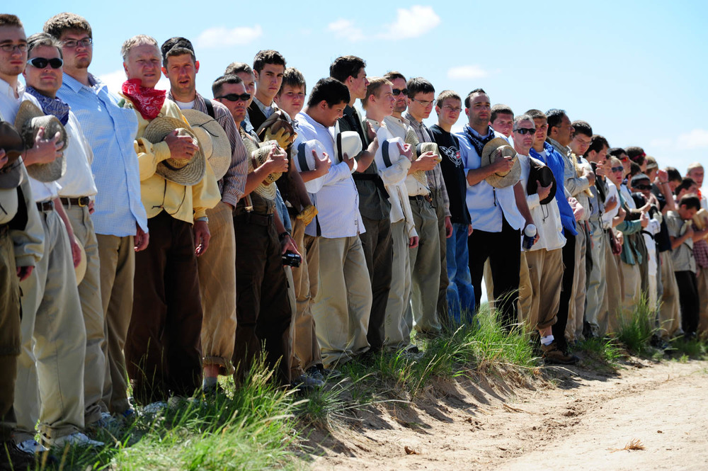 20090618_MORMON_TREK_MEN.jpg