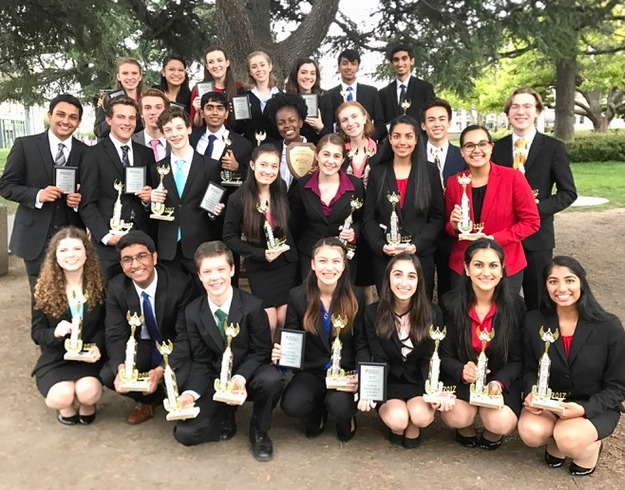 Congratulations to our National Qualifiers!   DUO Interp - Pranavi Javangula / Esha Bhatia Humorous Interp - Arjun Biju Original Oratory - Lucas Kernan Dramatic Interp - Erica Johnson Program Oral Interp - Conor Sherry / Maddie Davis Informative Speaking - Seher Randhawa International Extemp - Akaash Tawade / Eshan Gupta Public Forum Debate - Koji Flynn-Do / Jolie Leung
