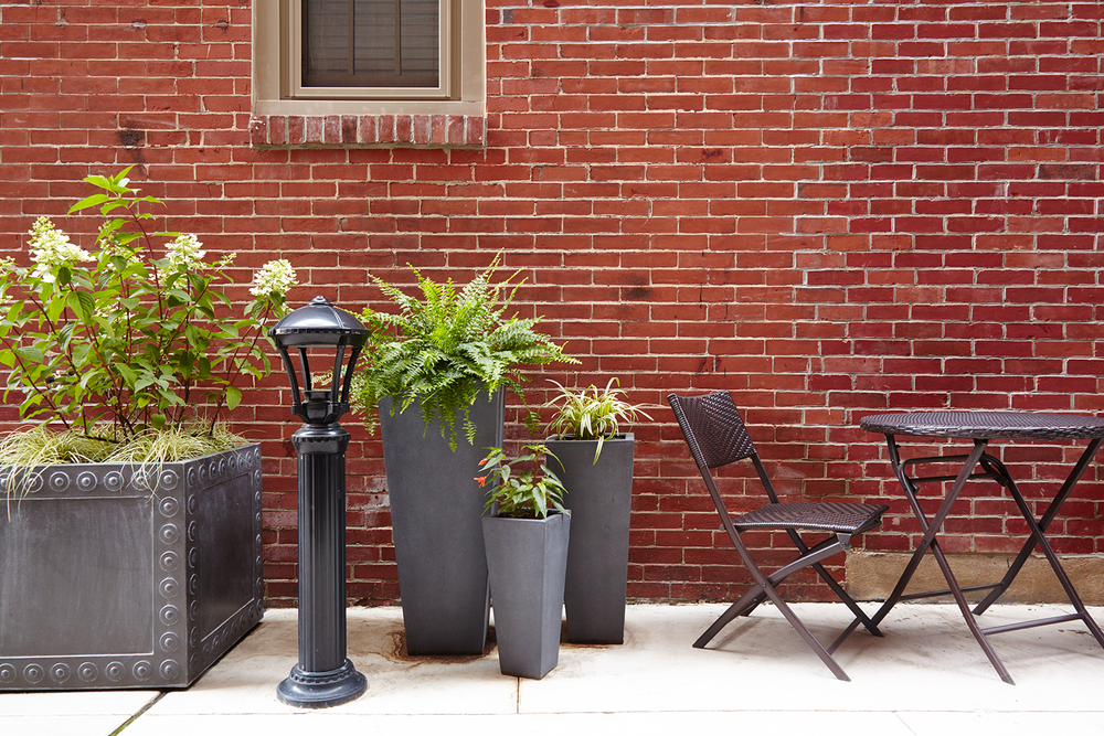 Outdoor Patio & Urban Garden