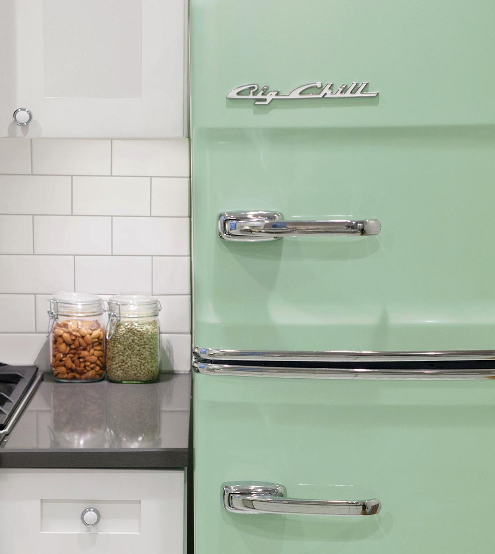 touraine-annex-kitchen-vintage-fridge.png