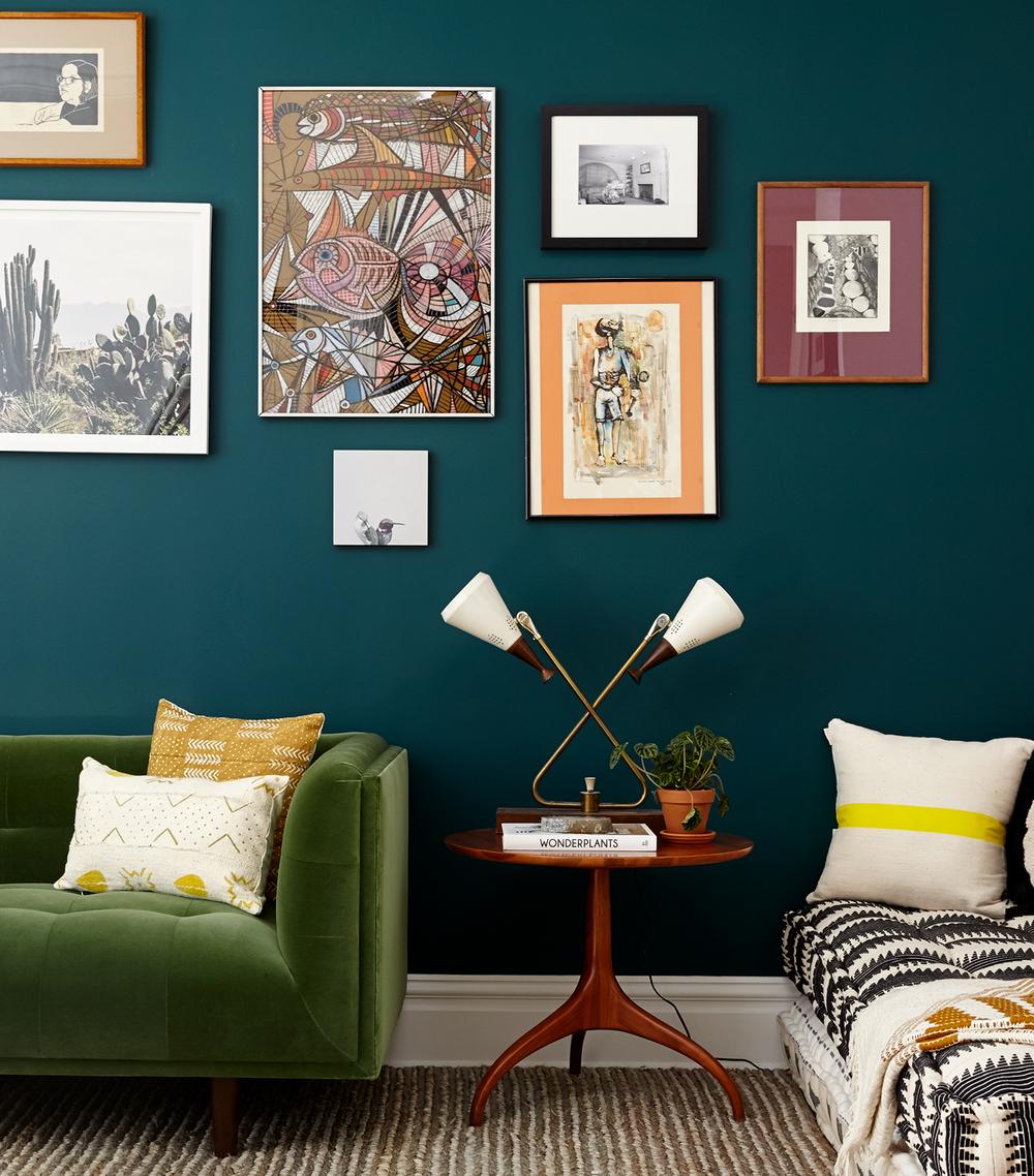 NEWCROP-touraine-no108-livingroom-art.png
