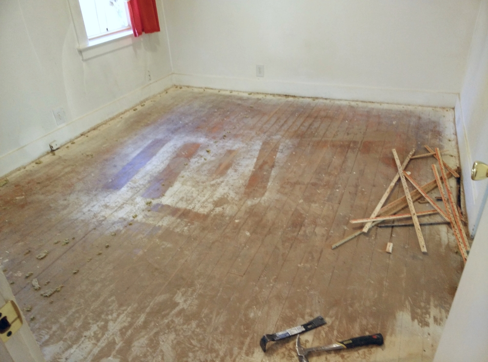 No flooring condition is beyond our help. Trust us to give you the best refinishing service.