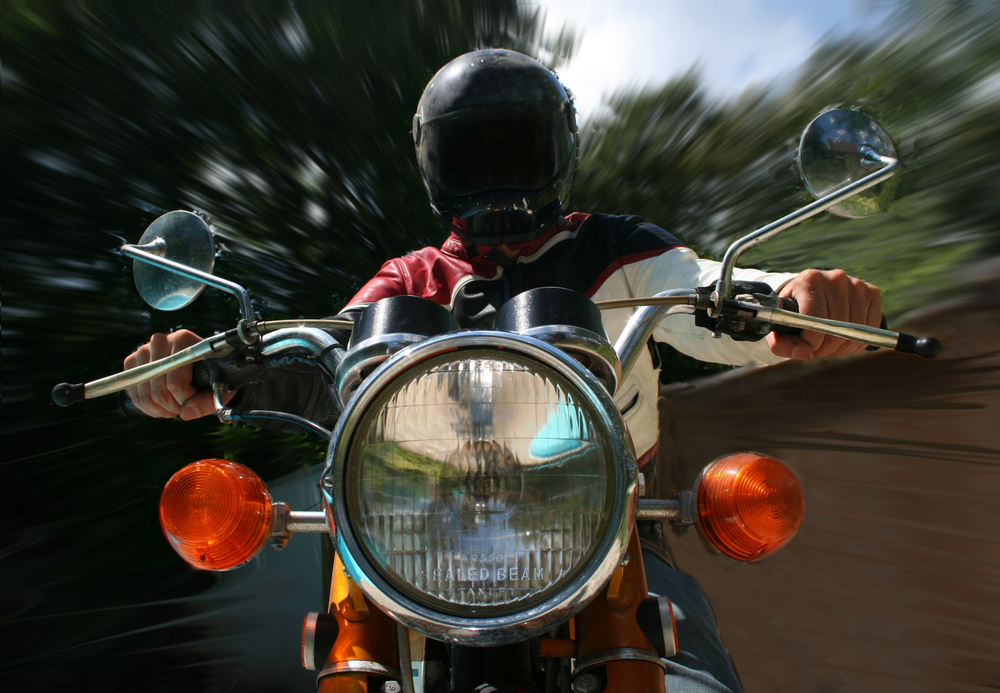 manateeinsuranceservies_motorcycle_ridingsafe