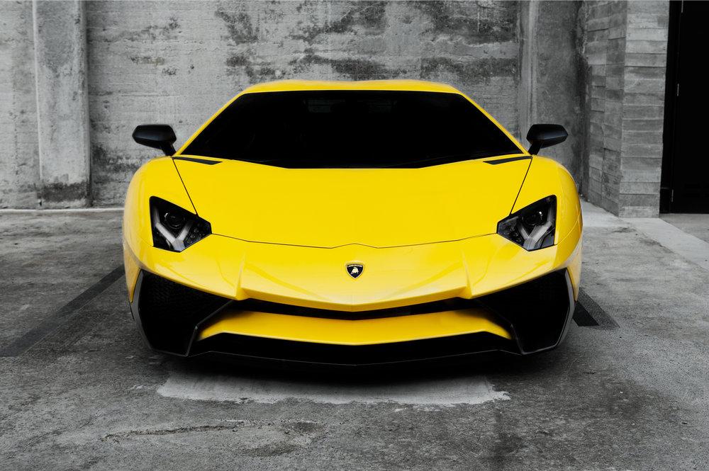 Lamborghini Aventador 01.jpg