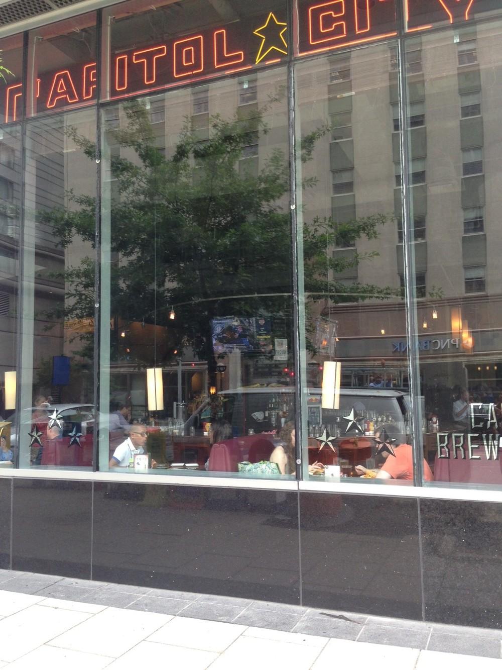 MaryLand Glass Doors And Window Repair Storefront