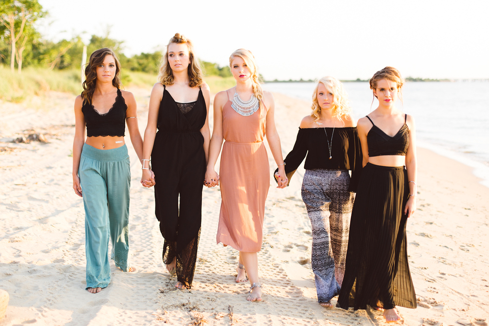 gypsy-soul-beach-senior-group-session-annapolis-maryland-class-of-2016-brooke-michelle-photography-boho-inspiration-2-photo.jpg