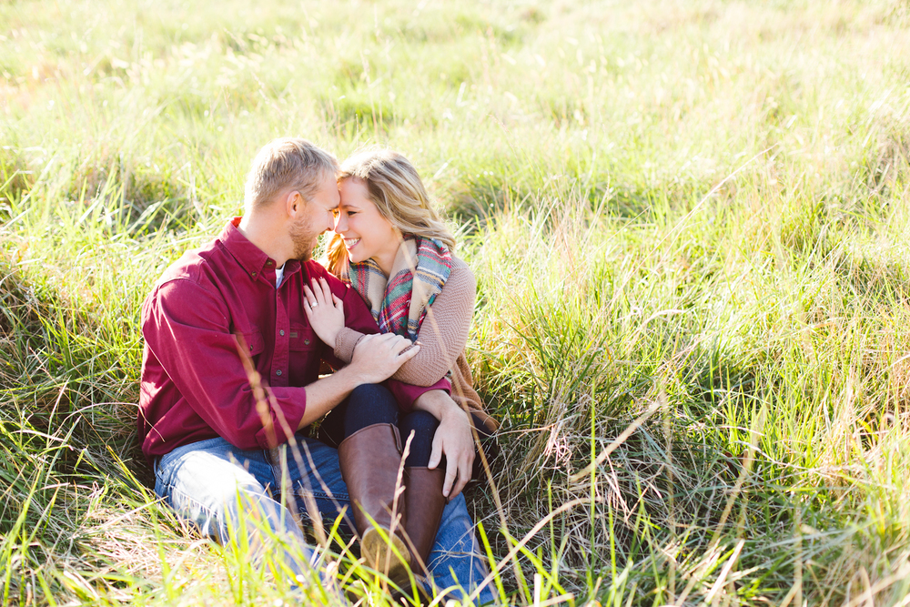 eastern-shore-maryland-sun-filled-engagement-session-brooke-michelle-photography-9-photo.jpg