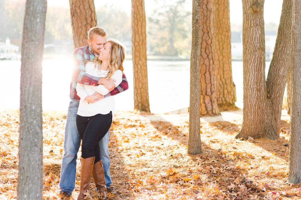 eastern-shore-maryland-sun-filled-engagement-session-brooke-michelle-photography-73.jpg