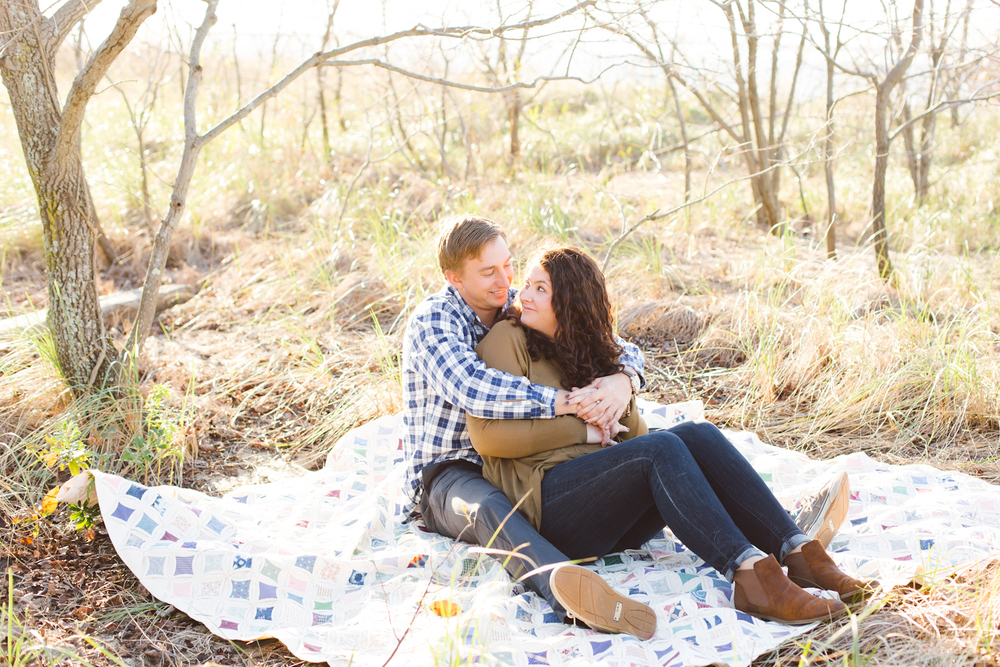 kent-island-terrapin-beach-park-boho-picnic-engagement-session-brooke-michelle-photography-71.jpg