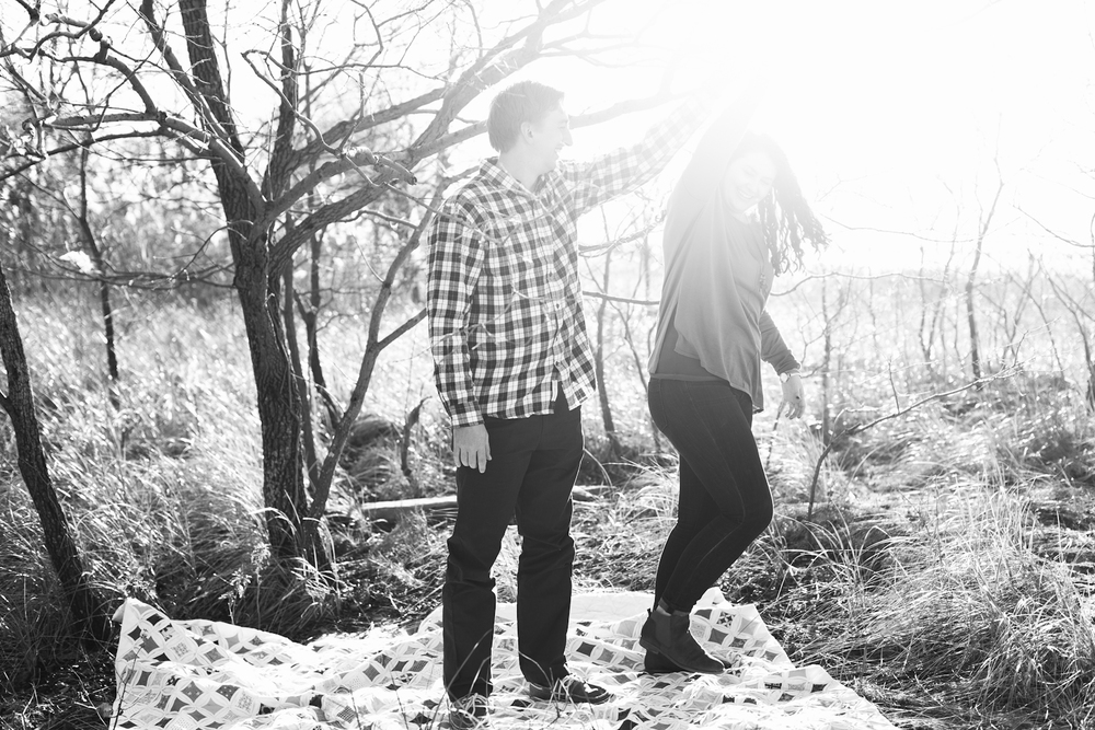 kent-island-terrapin-beach-park-boho-picnic-engagement-session-brooke-michelle-photography-76.jpg