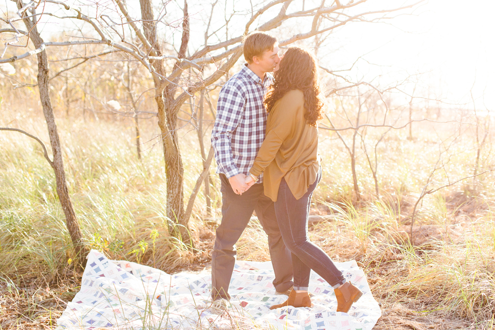 kent-island-terrapin-beach-park-boho-picnic-engagement-session-brooke-michelle-photography-77.jpg
