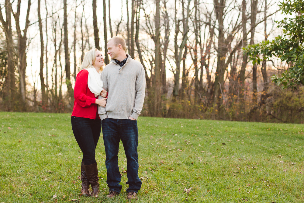 quiet-waters-park-annapolis-maryland-winter-engagement-session-brooke-michelle-photography-17-photo.jpg