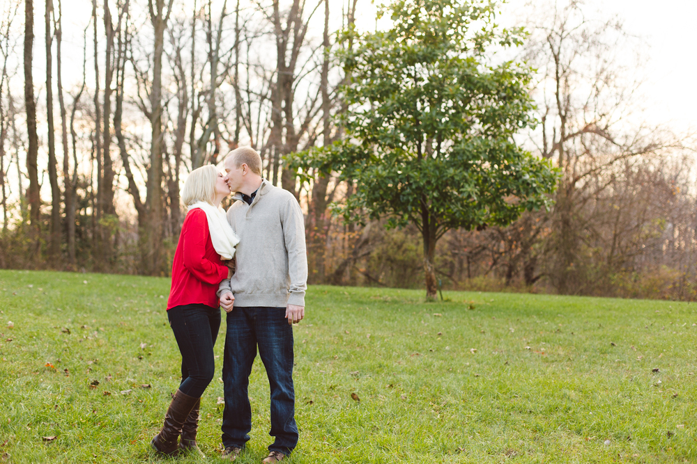 quiet-waters-park-annapolis-maryland-winter-engagement-session-brooke-michelle-photography-13-photo.jpg