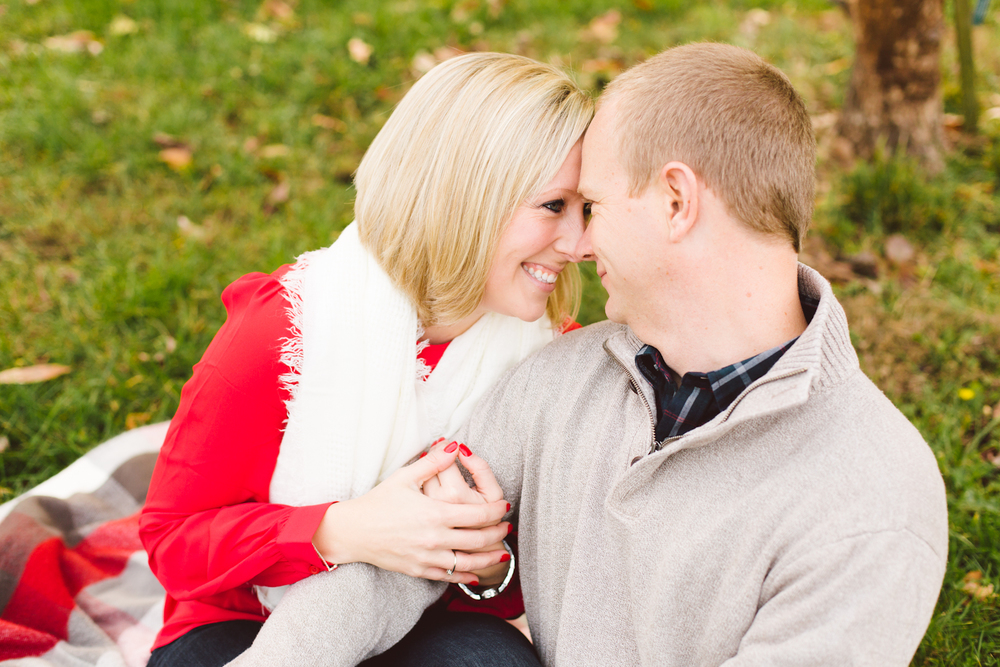 quiet-waters-park-annapolis-maryland-winter-engagement-session-brooke-michelle-photography-40-photo.jpg