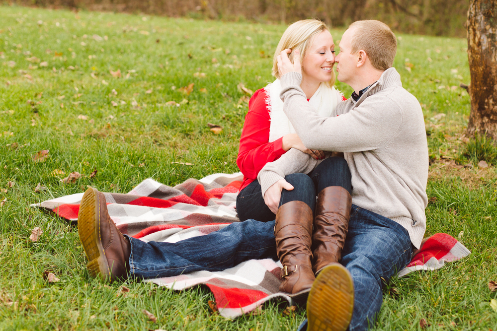 quiet-waters-park-annapolis-maryland-winter-engagement-session-brooke-michelle-photography-42-photo.jpg