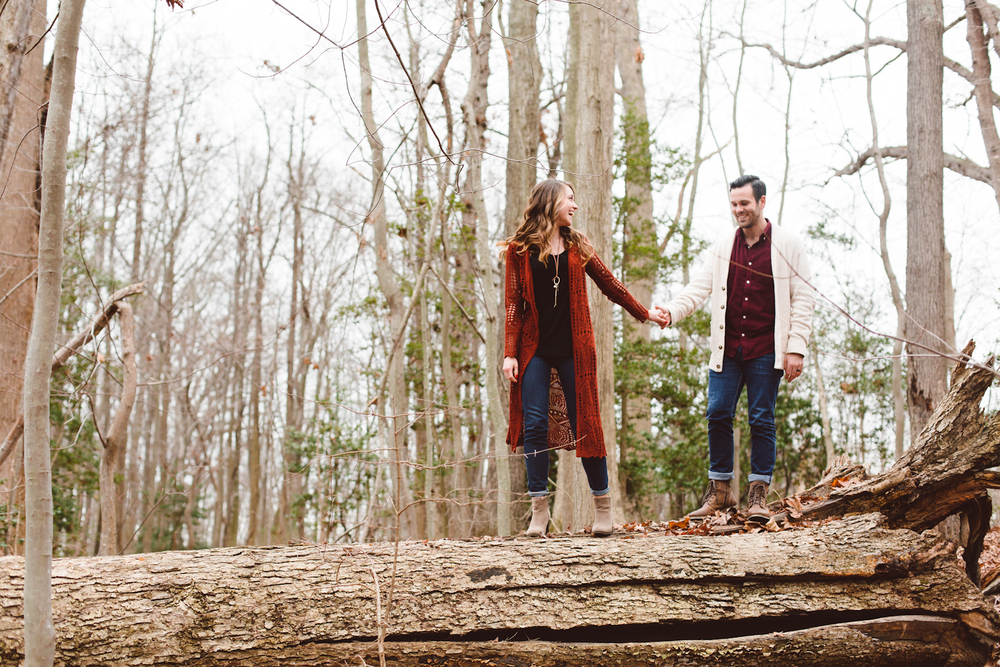 quiet-waters-park-annapolis-maryland-anniversary-session-portraits-couple-inspo-boho-hipster-brooke-michelle-photography-3-photo.jpg