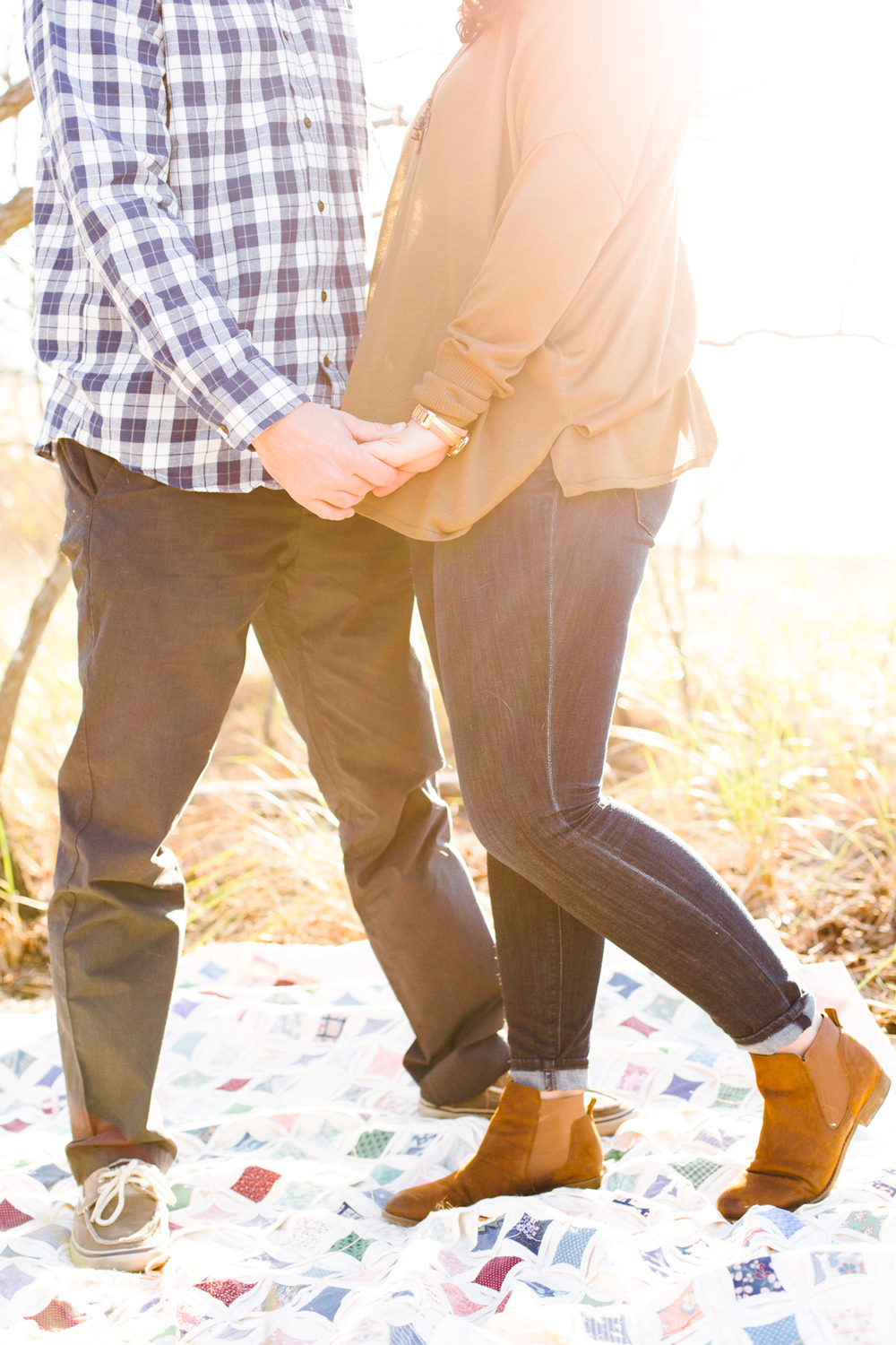 kent-island-terrapin-beach-park-boho-picnic-engagement-session-brooke-michelle-photography-78.jpg