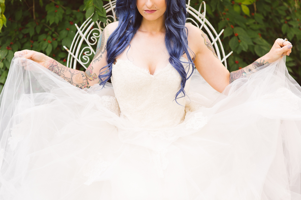 blue-hair-bride-secret-garden-themed-sareh nouri-gown-bridal-session-maryland-brooke-michelle-photography-94-photo.jpg