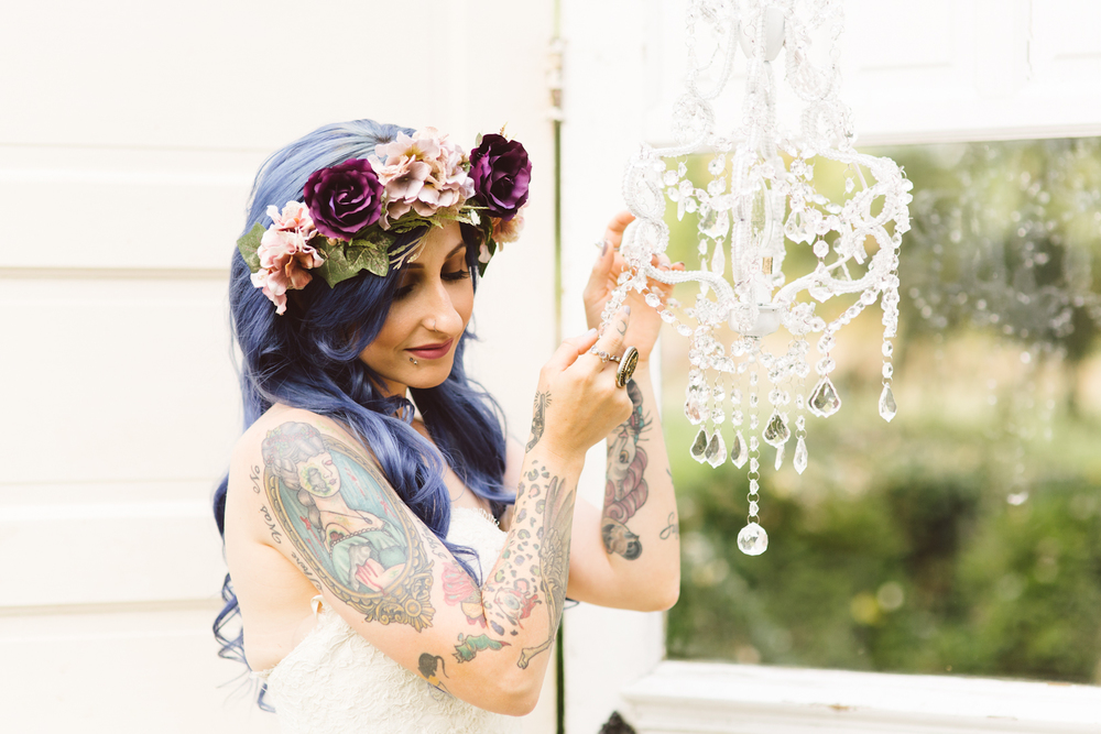 blue-hair-bride-secret-garden-themed-sareh nouri-gown-bridal-session-maryland-brooke-michelle-photography-26-photo.jpg