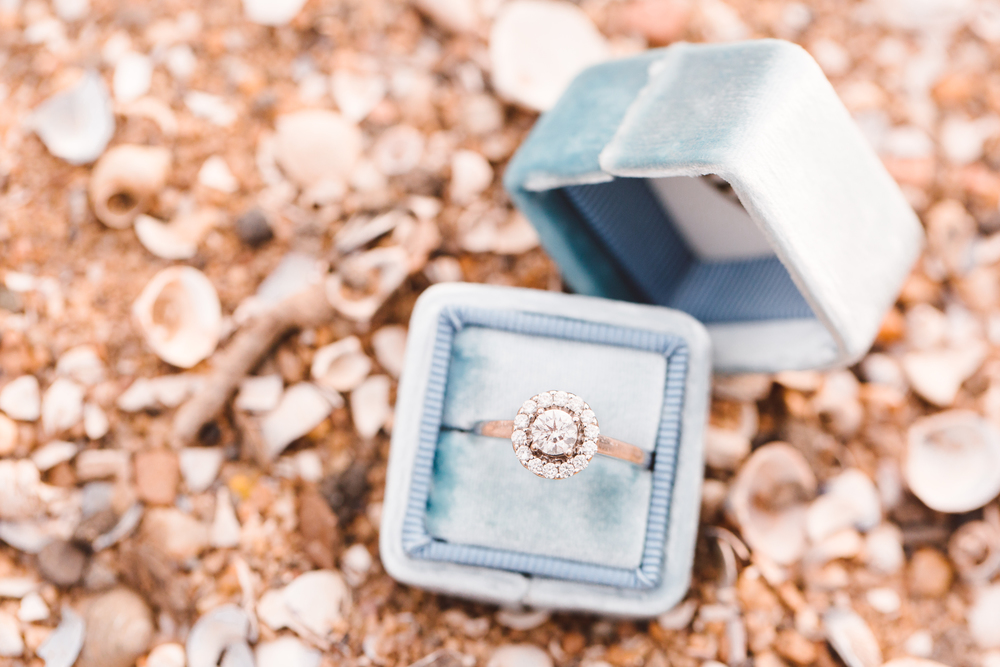 boho-inspo-maryland-engagement-session-great-falls-md-billy-goat-trail-brooke-michelle-photography-55.jpg