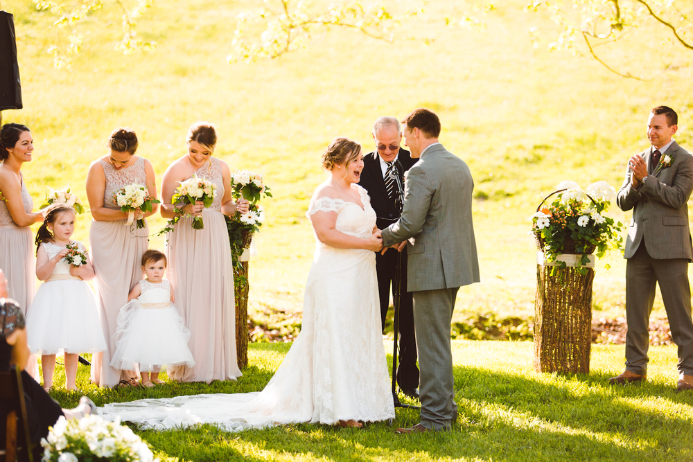 brittany-and-chris-family-farm-whimsical-maryland-wedding-brooke-michelle-photography-53.jpg