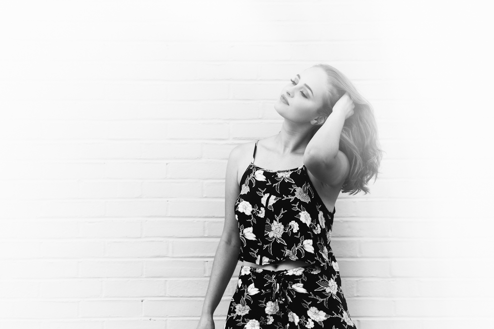 Kallie's Retro Inspired Senior Mini Session - 2017 Senior Reps - Brooke Michelle Photography