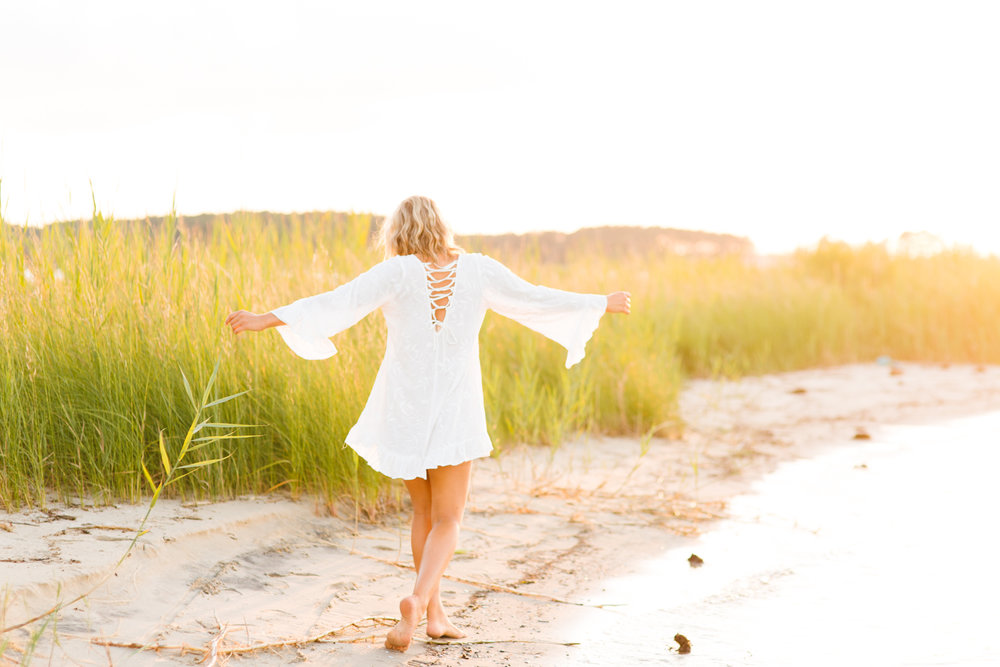 Maddie's Hippy Senior Session by the Chesapeake Bay, MD - Brooke Michelle Photography