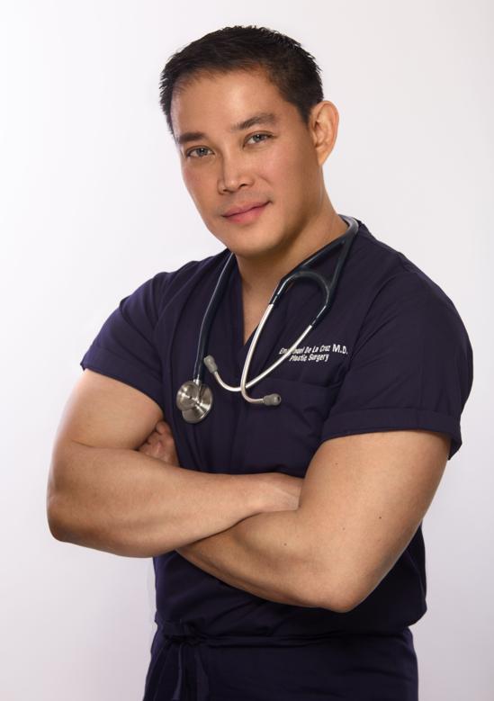 Houston-Plastic-Surgeon-Emmanuel-De-La-Cruz-MD-in-The-Woodlands1.png