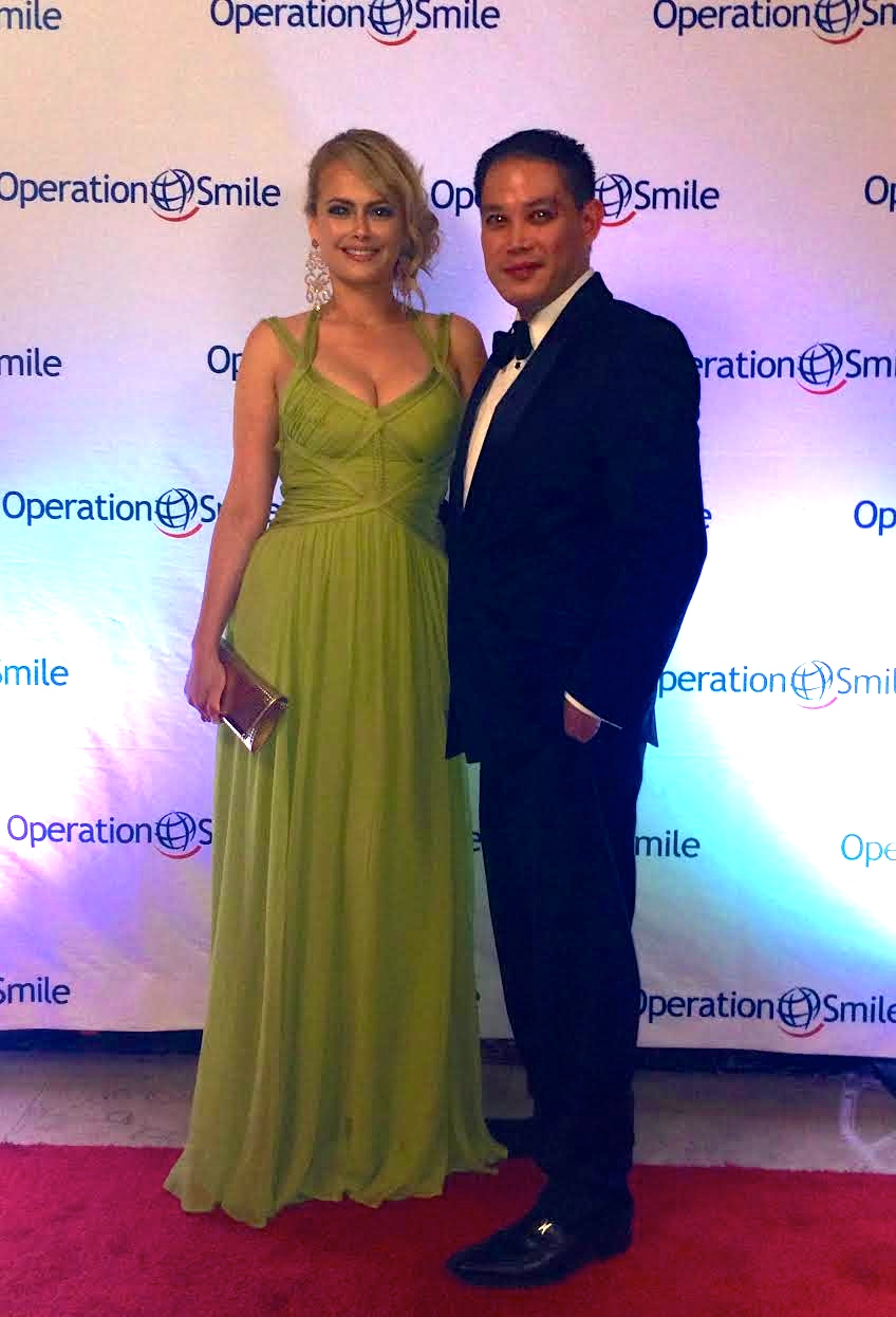 Dr. De La Cruz and Amy at the Operation Smile Gala 2015
