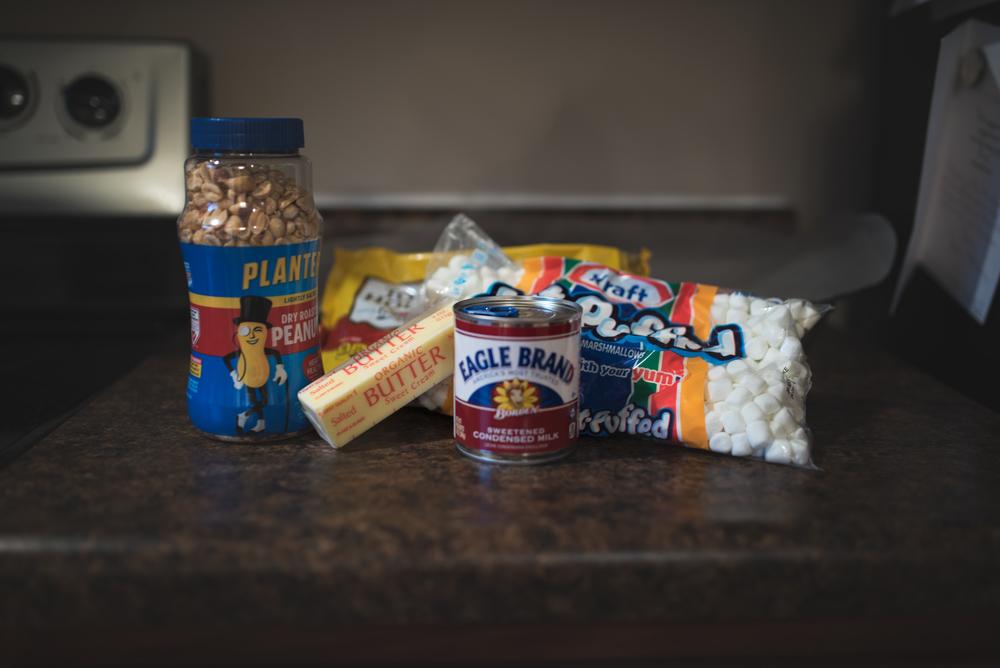 baking treats holidays | Jessica Patnesky Photography | Pittsburgh, Pennsylvania