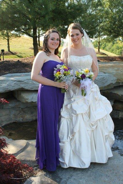 Amanda and me on my wedding day <3