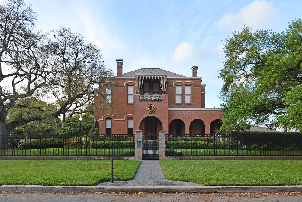 Waldo Mansion, Westmoreland Avenue/ Jim Parsons