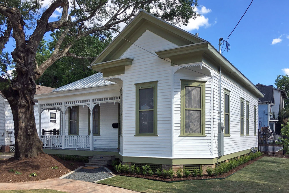 Angela Bishop for renovating the Ferdinand G. Schoellkopf House (1892) in the Old Sixth Ward Historic District /  photo courtesy of Angela Bishop