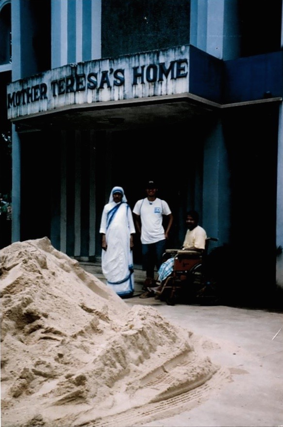 Mother Teresa's Home for the Dying and Destitute, India, 2004