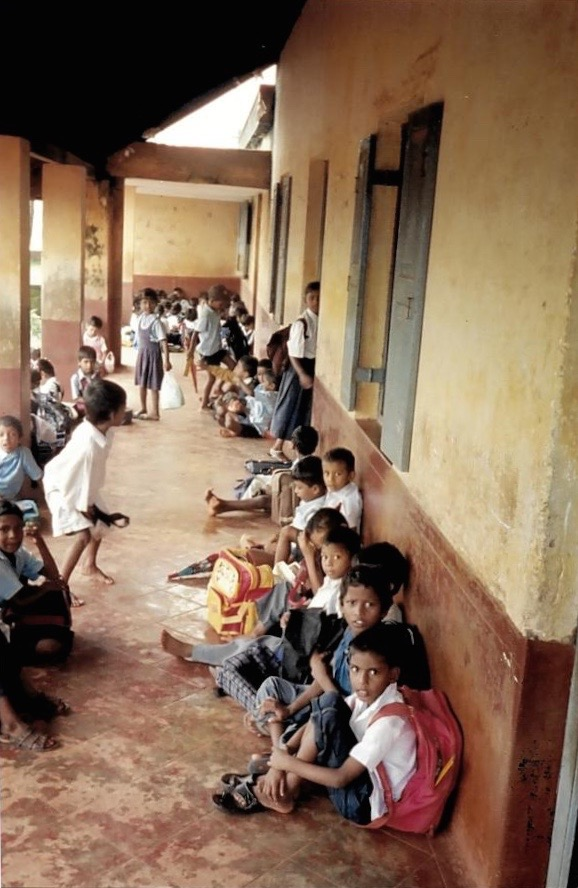 Escuela Rural, Mangalore, India, 2003