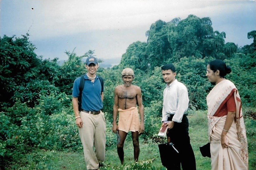 En ruta a la Escuela Rural, Mangalore, India, 2003