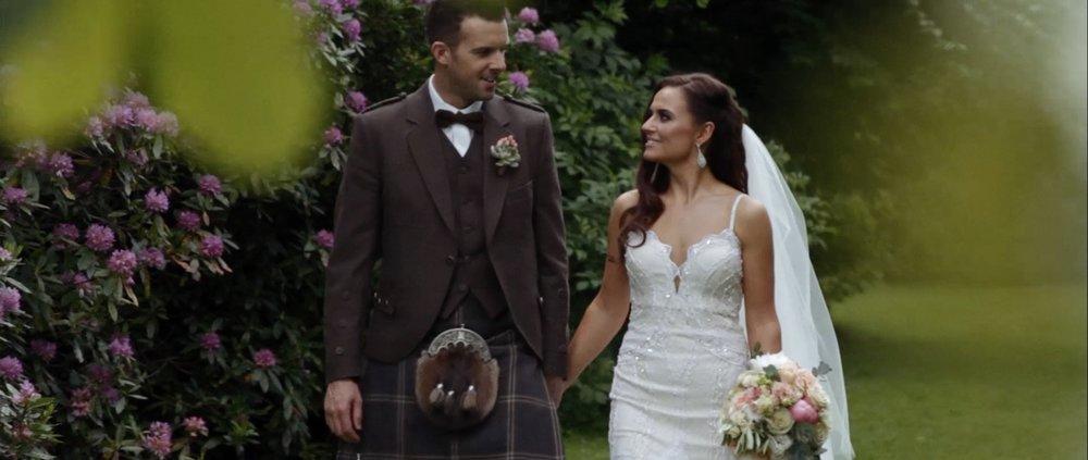 killearn-village-hall-wedding-videographer_LL_06.jpg