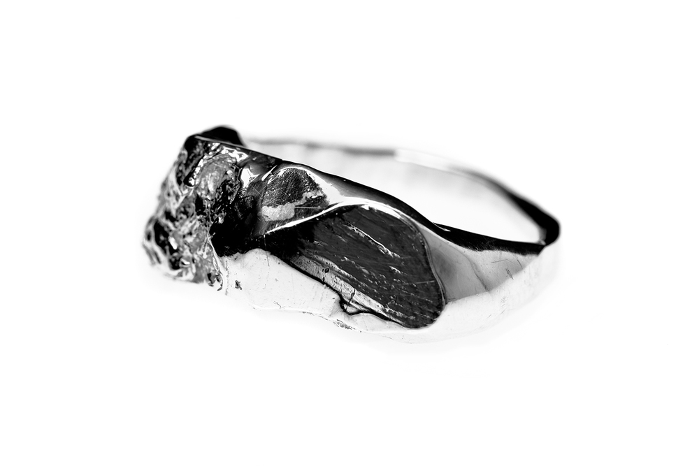 Contrast Glacier Ring