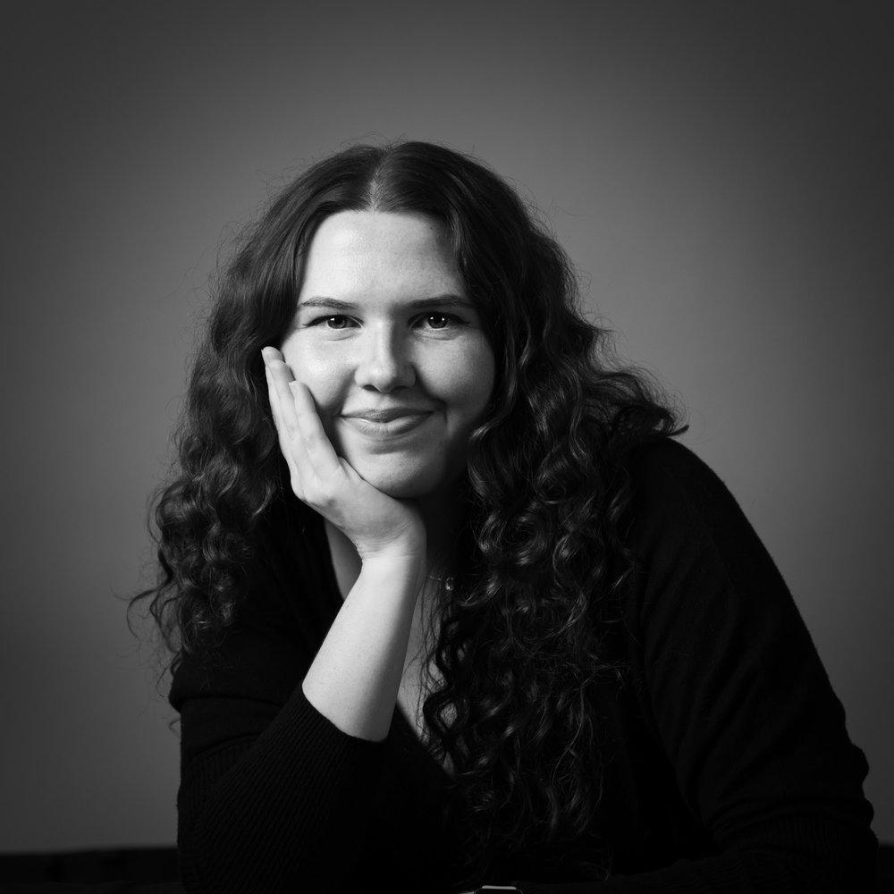 Kelly Hinnen - Designer