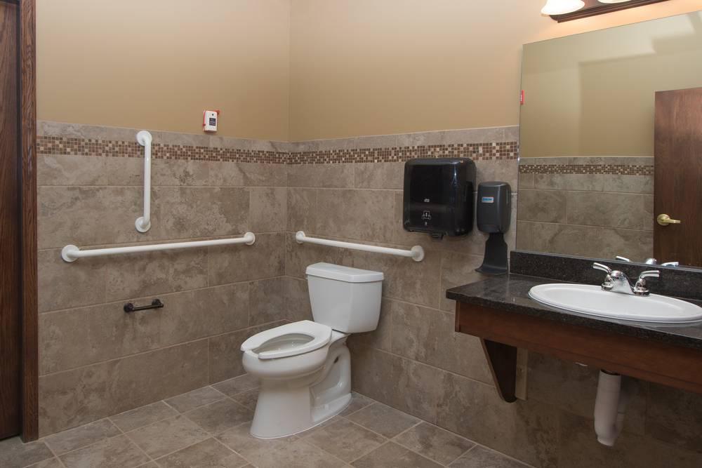 Bickford Interior_bathroom-min.JPG